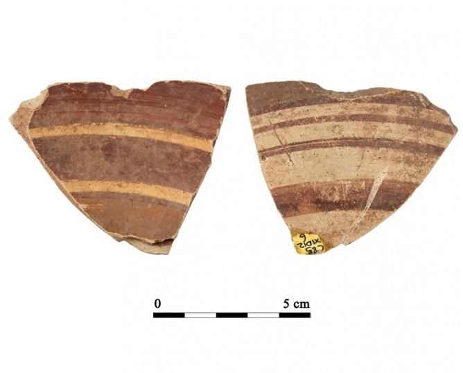 Recipiente cerámico D12-6. Cueva de la Lobera